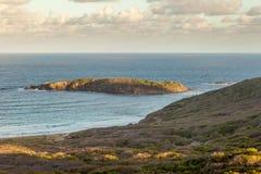 Μικρή παράκτια τροπική παραλία νησιών Στοκ φωτογραφίες με δικαίωμα ελεύθερης χρήσης