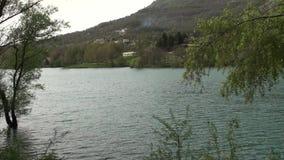 Μικρή πόλη λιμνών Cardito στην επαρχία isernia, Molise Ιταλία απόθεμα βίντεο
