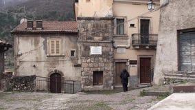Μικρή πόλη Villalago στην επαρχία του l'Aquila, Abruzzo Ιταλία απόθεμα βίντεο