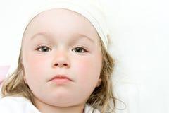 μικροί άρρωστοι κοριτσιών Στοκ Εικόνα