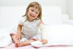 μικροί άρρωστοι κοριτσιών Στοκ Εικόνες