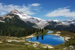 Μικροκαμωμένη λίμνη - Βρετανική Κολομβία, Καναδάς Στοκ φωτογραφία με δικαίωμα ελεύθερης χρήσης