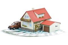 μικροσκοπικά χρήματα σπιτιών Στοκ Εικόνες