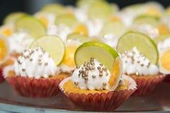 Μικροσκοπική πορτοκαλιά πίτα στοκ εικόνα