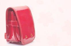 Μικροσκοπική σχολική τσάντα του ιαπωνικού στοιχειώδους schoo Στοκ Φωτογραφίες