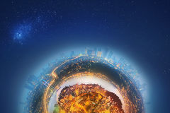 Μικροσκοπικός γήινος πλανήτης με τα πολύ σημαντικά κτήρια και την έλξη της Ιστανμπούλ Στοκ Εικόνες