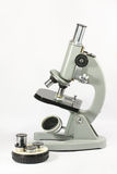 μικροσκόπιο Στοκ φωτογραφία με δικαίωμα ελεύθερης χρήσης