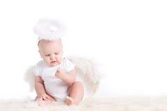 Μικρός άσπρος άγγελος Στοκ φωτογραφίες με δικαίωμα ελεύθερης χρήσης