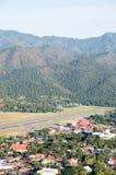 Μικρός αερολιμένας στην κοιλάδα στοκ εικόνα με δικαίωμα ελεύθερης χρήσης