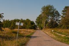 Μικρός δρόμος στη δανική επαρχία Στοκ εικόνες με δικαίωμα ελεύθερης χρήσης