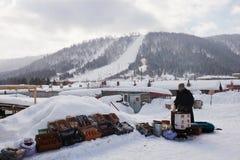 Μικρός λιανοπωλητής της πόλης χιονιού της Κίνας στοκ εικόνα με δικαίωμα ελεύθερης χρήσης