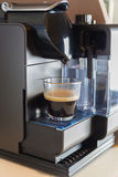 Μικρός κατασκευαστής καφέ σπιτιών και γραφείων Στοκ Φωτογραφίες
