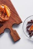 Μικρός ξινός με persimmon Στοκ Εικόνες