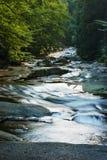 Μικρός ποταμός βουνών, Τσεχία, γιγαντιαία βουνά, ποταμός Mumlava Στοκ φωτογραφία με δικαίωμα ελεύθερης χρήσης