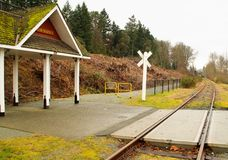 μικρός σταθμός σιδηροδρόμων Στοκ Εικόνες