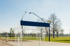 Μικρόφωνα lectern στο πράσινο πάρκο Στοκ εικόνα με δικαίωμα ελεύθερης χρήσης