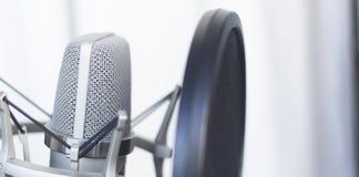Μικρόφωνο φωνής καταγραφής στούντιο Στοκ φωτογραφίες με δικαίωμα ελεύθερης χρήσης