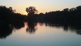 μικρό ηλιοβασίλεμα λιμνών απόθεμα βίντεο