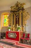 Μικρό καθολικό εσωτερικό εκκλησιών στοκ φωτογραφίες με δικαίωμα ελεύθερης χρήσης