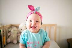 Μικρό κορίτσι 7 μήνας Στοκ εικόνα με δικαίωμα ελεύθερης χρήσης