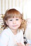 μικρό κορίτσι με Άγιο Βασίλη Στοκ Εικόνες