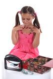 Μικρό κορίτσι με τα κοσμήματα Στοκ Φωτογραφία