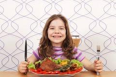 Μικρό κορίτσι με το τυμπανόξυλο της Τουρκίας Στοκ εικόνες με δικαίωμα ελεύθερης χρήσης