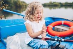 Μικρό κορίτσι στη βάρκα Στοκ εικόνα με δικαίωμα ελεύθερης χρήσης