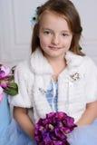 Μικρό κορίτσι στο σπίτι της Στοκ Φωτογραφία