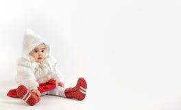 Μικρό κορίτσι στο χρόνο Χριστουγέννων Στοκ φωτογραφία με δικαίωμα ελεύθερης χρήσης