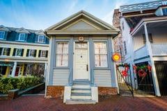 Μικρό κτήριο κατά μήκος του κρατικού κύκλου, σε Annapolis, Μέρυλαντ Στοκ φωτογραφία με δικαίωμα ελεύθερης χρήσης