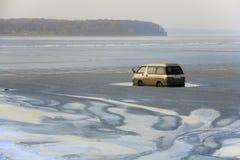 μικρό λεωφορείο ατυχήματος ηλίθιο Στοκ Φωτογραφία