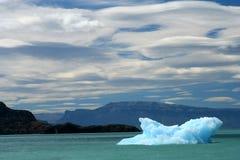 Μικρό παγόβουνο Στοκ Φωτογραφίες