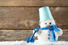 Μικρό παιχνίδι χιονανθρώπων Στοκ Εικόνες