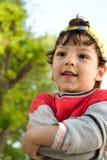 Μικρό παιδί που έχει ένα λουτρό με τον αφρό σαπουνιών στοκ φωτογραφία με δικαίωμα ελεύθερης χρήσης