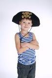 Μικρό παιδί στο κοστούμι πειρατών στο λευκό Στοκ φωτογραφία με δικαίωμα ελεύθερης χρήσης