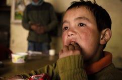 Μικρό παιδί της βόρειας Ινδίας στοκ φωτογραφία