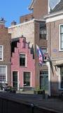 Μικρό ρόδινο σπίτι στο Λάιντεν Οι Κάτω Χώρες Στοκ Εικόνες