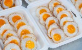 Μικρό τηγανισμένο αυγό στοκ εικόνα