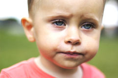 Μικρό λυπημένο αγόρι Στοκ Εικόνα