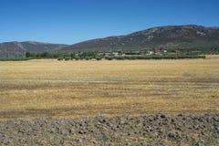 Μικρό χωριουδάκι στο Λα Mancha, Ισπανία στοκ φωτογραφία με δικαίωμα ελεύθερης χρήσης