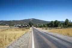 Μικρό χωριουδάκι στο Λα Mancha, Ισπανία στοκ εικόνες