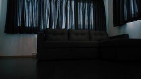 Μικρό kitchenette σε ένα στούντιο, εσωτερικός φωτισμός απόθεμα βίντεο