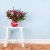 Μικτά λουλούδια ανθοδεσμών Στοκ εικόνες με δικαίωμα ελεύθερης χρήσης