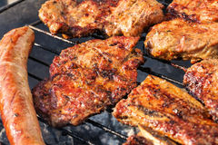 Μικτά ψημένα στη σχάρα κρέατα Στοκ Φωτογραφία