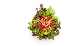 μικτή σαλάτα στο ξύλινο κύπελλο Στοκ Φωτογραφίες