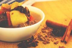 Μικτή σούπα λαχανικών και κρέατος Στοκ εικόνες με δικαίωμα ελεύθερης χρήσης