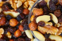 Μικτοί καρύδια και ξηροί καρποί Στοκ εικόνα με δικαίωμα ελεύθερης χρήσης
