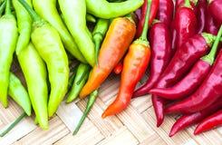 Μικτό πιπέρι τσίλι χρώματος Στοκ φωτογραφίες με δικαίωμα ελεύθερης χρήσης