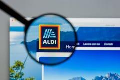 Μιλάνο, Ιταλία - 10 Αυγούστου 2017: Αρχική σελίδα ιστοχώρου ALDI Είναι Στοκ Εικόνες